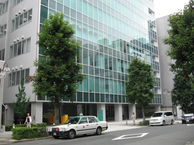 名古屋新築オフィスビル空室率50%_f0016320_11165317.jpg