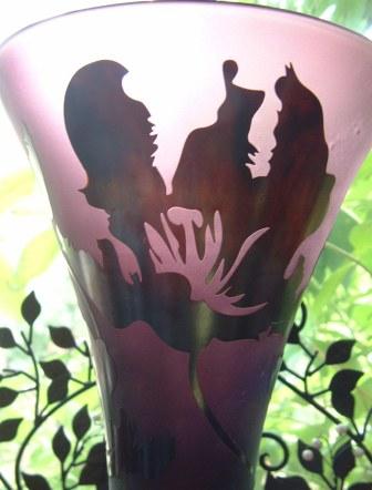 ワインーカラーのフラワーベース_f0029571_8421324.jpg