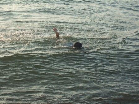 海水浴_c0132732_19443546.jpg