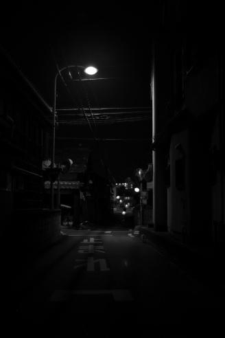 夜の散歩道_e0015690_035372.jpg