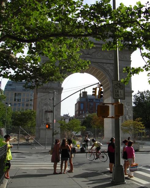 5番街沿いのお散歩コースも楽しいですよ_b0007805_24633100.jpg