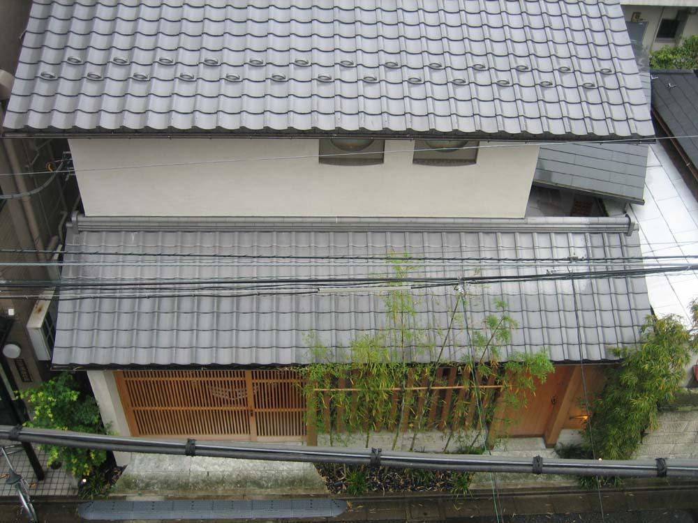 日本建築の伝統はすばらしい_d0021969_1437498.jpg
