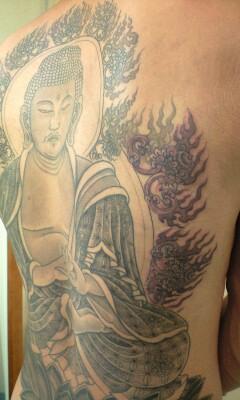 本日の刺青画像◆「釈迦如来」です。_b0072539_23431811.jpg