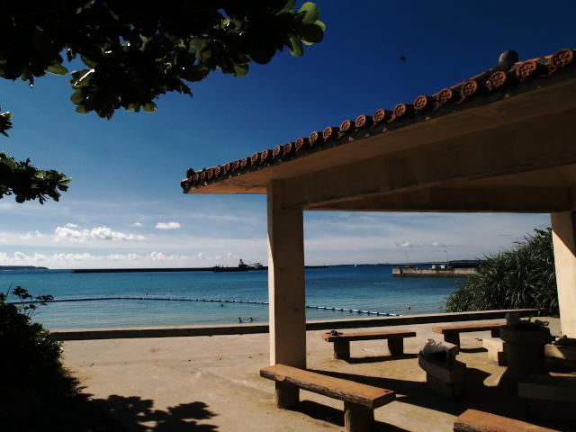 沖縄の風景 パイナガマ・ビーチ_f0024992_8474246.jpg