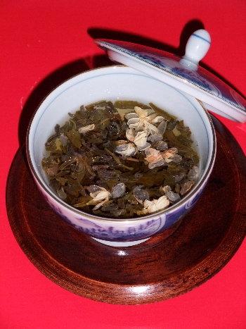 /// 今日のおめざは香港・英記茶荘の「雙花香片」です /// _f0112434_12155039.jpg