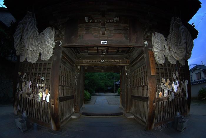 西国寺を歩く_c0152379_6295091.jpg