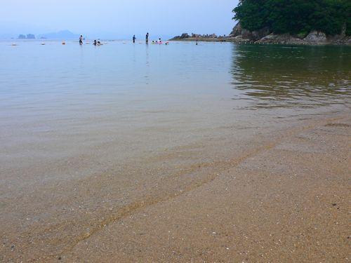 三重県のグアムへ和具の浜!「まるます」のおつくり盛り合わせ丼 (三重県長島町)_d0108737_2132513.jpg