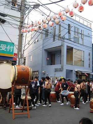逗子祭り_e0105047_1216925.jpg