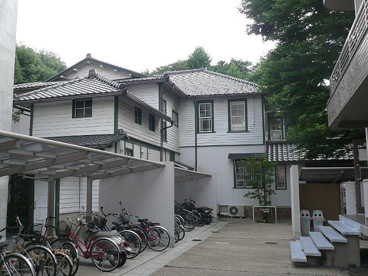 同志社大学フレンドピースハウス_c0112559_10331686.jpg