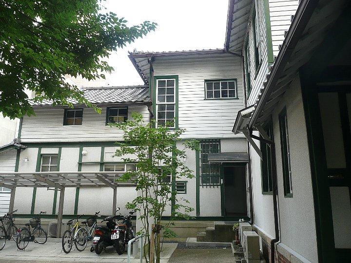 同志社大学フレンドピースハウス_c0112559_10341056.jpg