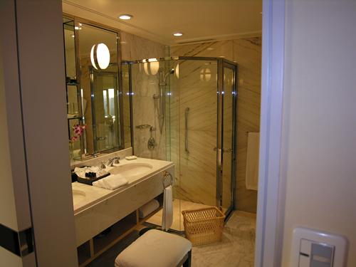 ホテルニューオオタニ大阪_d0150915_023671.jpg