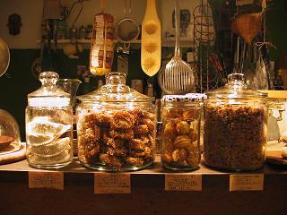 モロッコのお菓子_a0077752_1554764.jpg