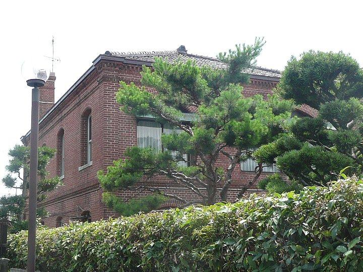 衣笠会館(衣笠会 繊維研究所)_c0112559_15404630.jpg