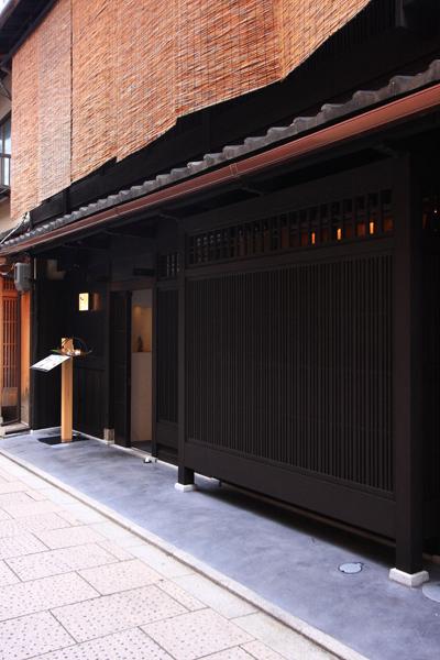OKU gallery&cafe_e0051888_2074556.jpg