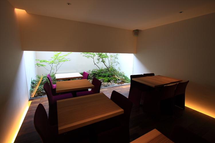 OKU gallery&cafe_e0051888_2084730.jpg