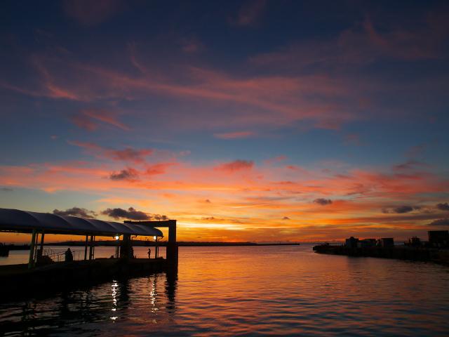 沖縄の風景 波止場にて_f0024992_11434788.jpg