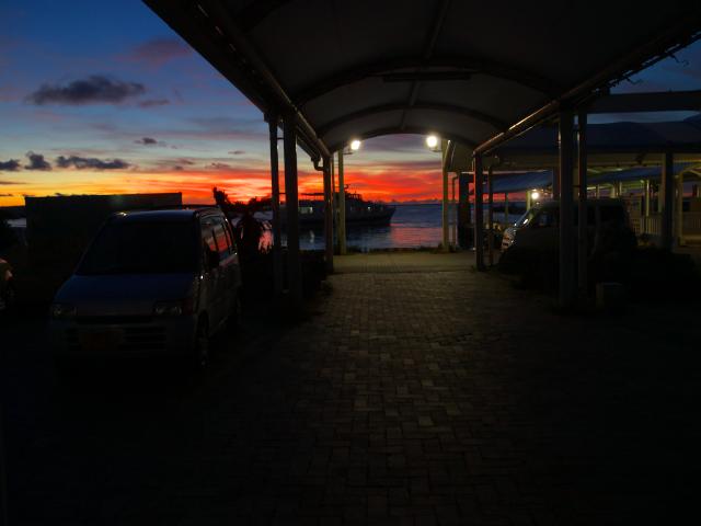 沖縄の風景 波止場にて_f0024992_1153657.jpg