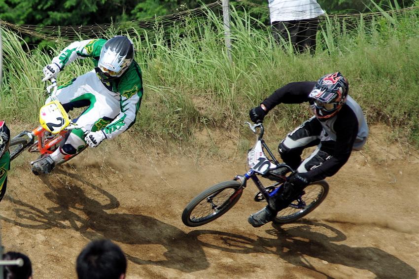 2008JOSF7月緑山定期戦VOL2BMXエリートクラス決勝_b0065730_23221124.jpg