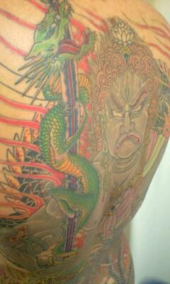本日の刺青画像◆「不動明王」と「鳳凰」です。_b0072539_052922.jpg