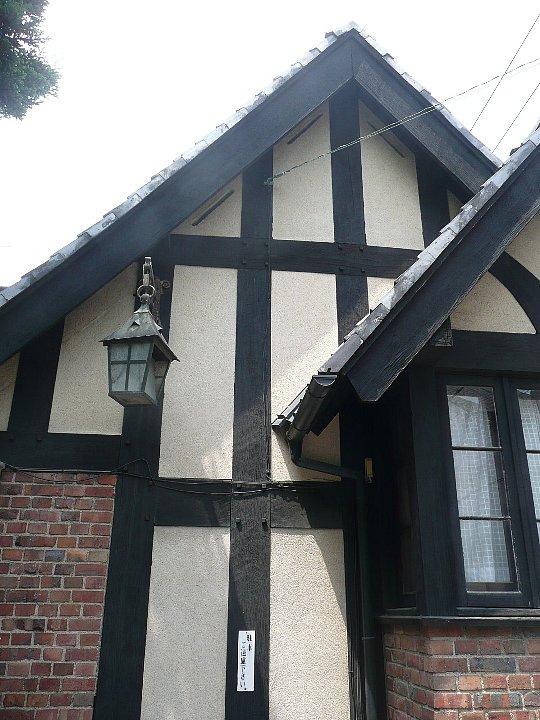 聖ヨゼフ修道院 門の家_c0112559_15562357.jpg