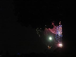 横浜開港記念みなと祭 第53回国際花火大会_c0025217_0352854.jpg