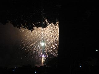 横浜開港記念みなと祭 第53回国際花火大会_c0025217_036315.jpg