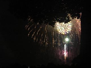 横浜開港記念みなと祭 第53回国際花火大会_c0025217_0364534.jpg