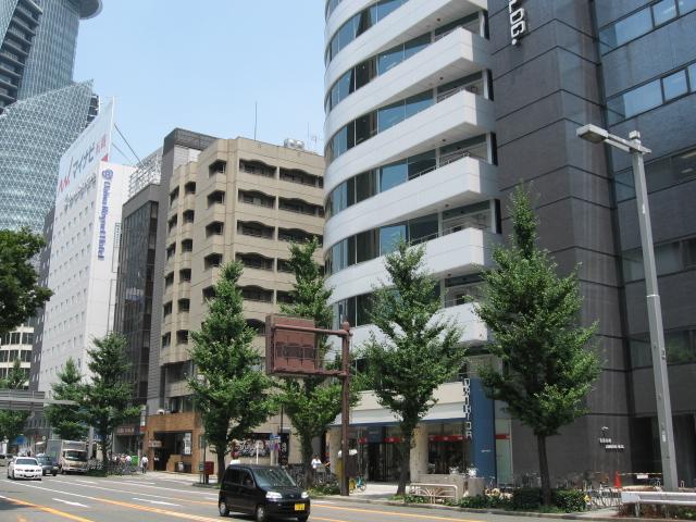 名駅周辺の新築ビル_f0016320_16223053.jpg