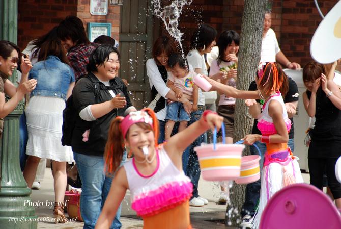 夏のUSJ ~ユニバーサル・ウォーターパレード(2) _f0019849_0154972.jpg
