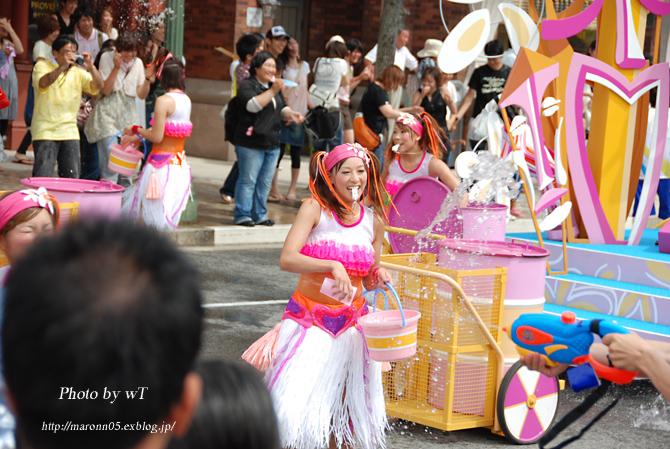夏のUSJ ~ユニバーサル・ウォーターパレード(2) _f0019849_0161370.jpg