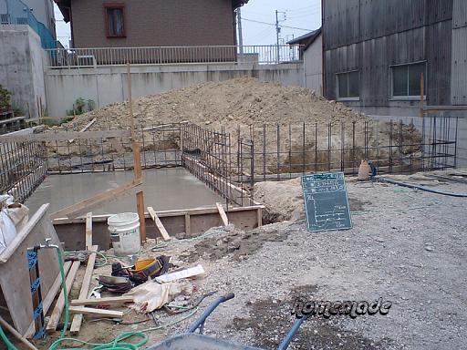 基礎工事4 深基礎ベース打設_c0108065_1720659.jpg