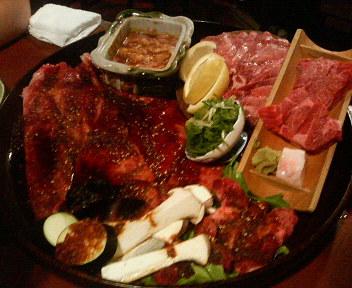 肉はやっぱり美味い_d0020491_050232.jpg