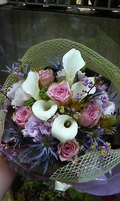 上品なパープルの花束_c0137266_1664421.jpg