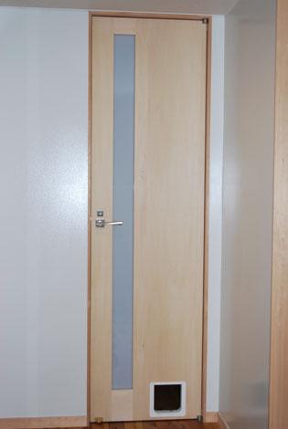 猫ドアが欲しい。_f0163195_145223.jpg