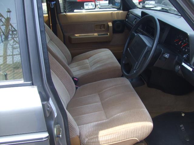 乗って楽しい 所有したくなる車 ボルボ 240 ワゴンです_b0123820_1395516.jpg