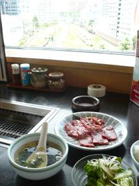 肉の万世・秋葉原本店で焼き肉ランチ_c0161724_12551413.jpg