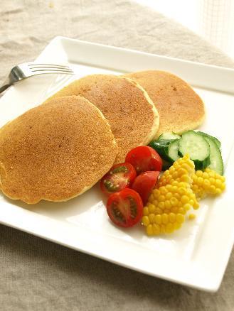 ホットケーキミックスで簡単♪コーンパンケーキの朝ごはん_d0128268_8122344.jpg