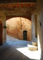 小さな田舎町へ モンティ-ジ =Montisi=_f0062510_21125866.jpg