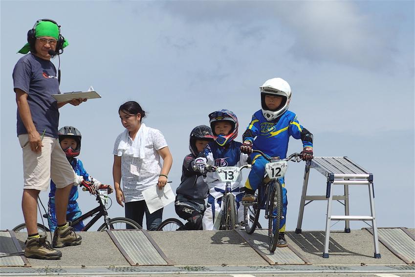 2008レーサーオブレースVOL6 :BMX、MTB、クルーザークラス予選_b0065730_18264917.jpg