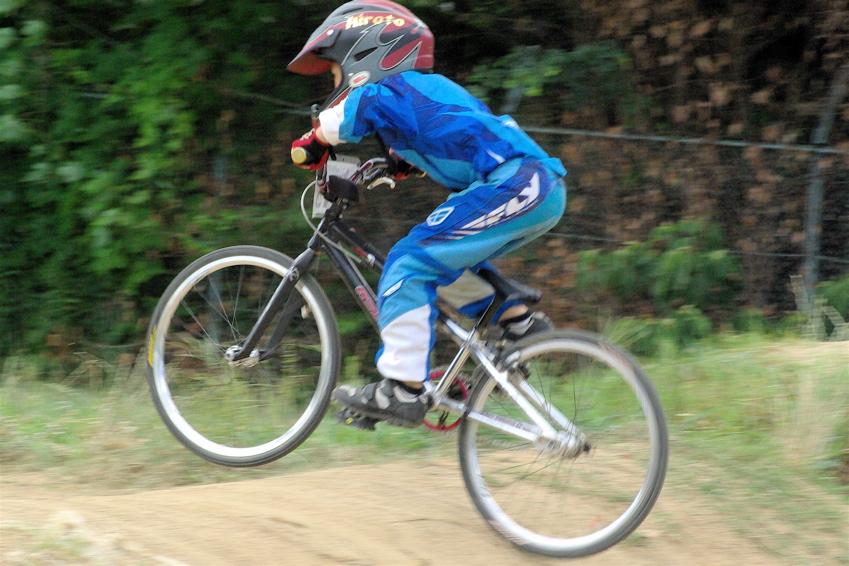 2008レーサーオブレースVOL6 :BMX、MTB、クルーザークラス予選_b0065730_18365558.jpg