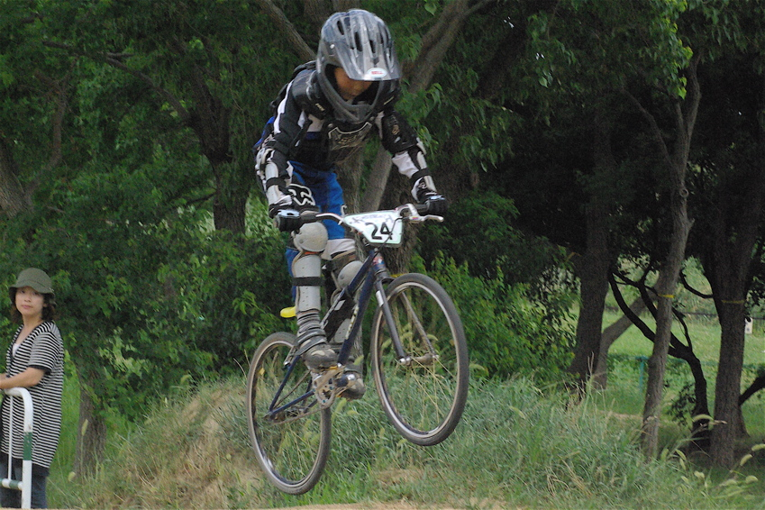 2008レーサーオブレースVOL6 :BMX、MTB、クルーザークラス予選_b0065730_18382775.jpg