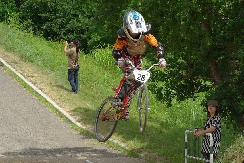2008レーサーオブレースVOL6 :BMX、MTB、クルーザークラス予選_b0065730_18384274.jpg