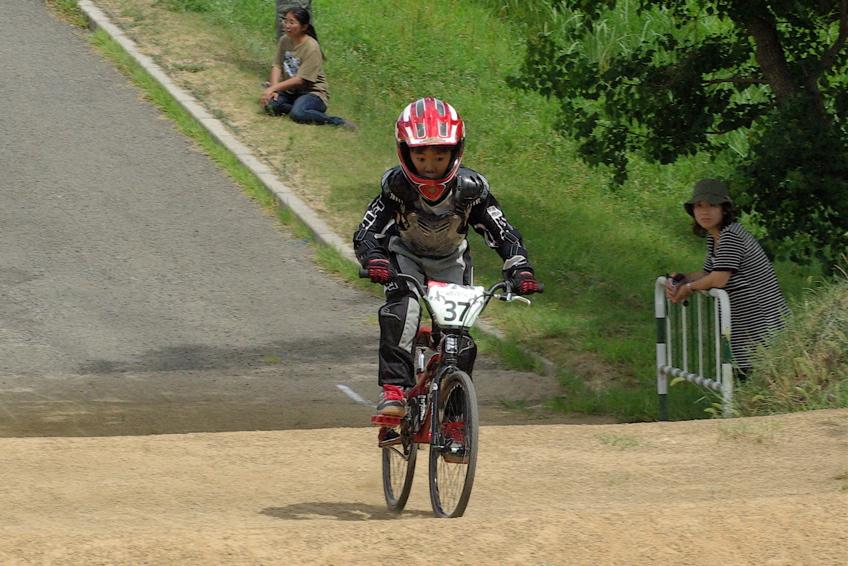 2008レーサーオブレースVOL6 :BMX、MTB、クルーザークラス予選_b0065730_18404412.jpg