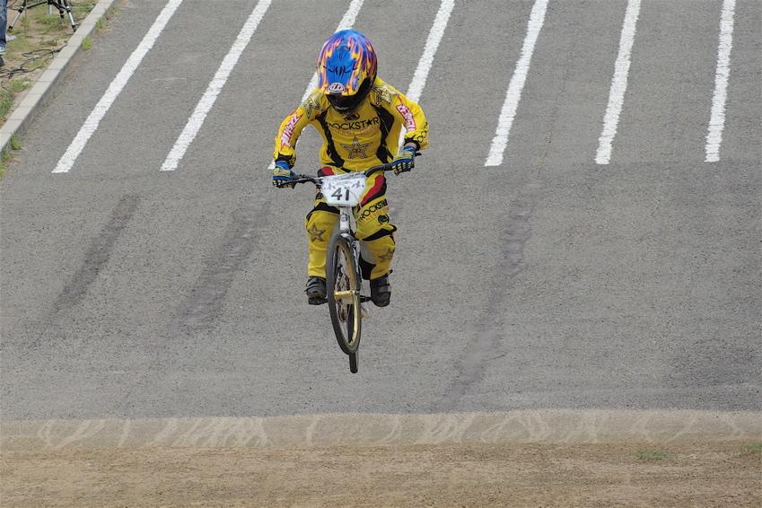 2008レーサーオブレースVOL6 :BMX、MTB、クルーザークラス予選_b0065730_18413644.jpg