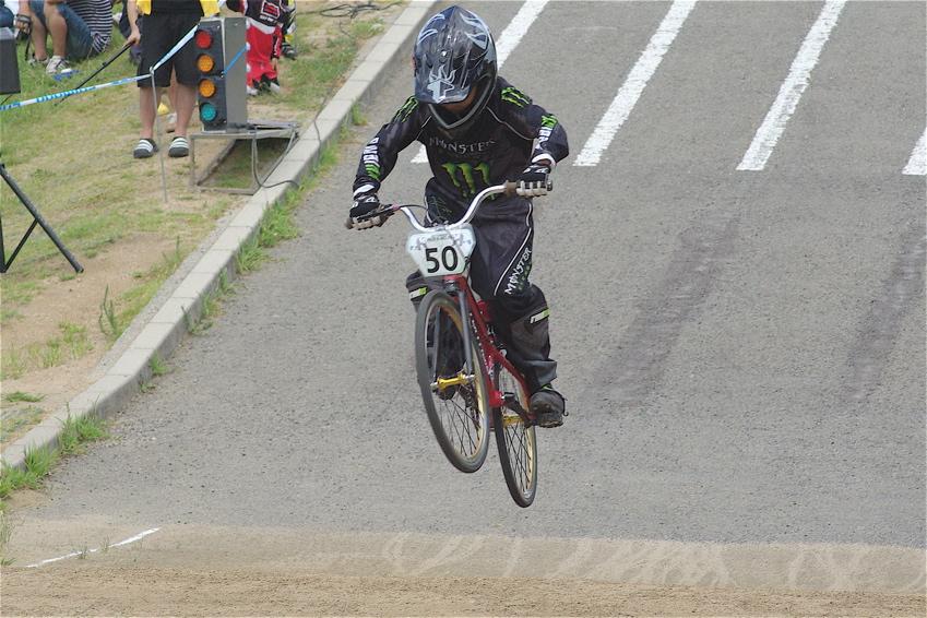 2008レーサーオブレースVOL6 :BMX、MTB、クルーザークラス予選_b0065730_18422913.jpg