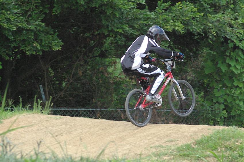 2008レーサーオブレースVOL6 :BMX、MTB、クルーザークラス予選_b0065730_18425452.jpg