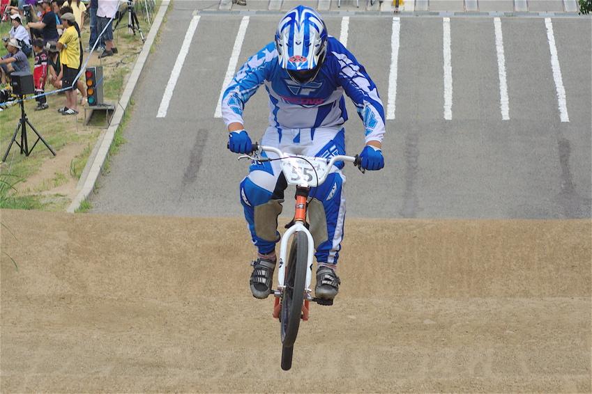 2008レーサーオブレースVOL6 :BMX、MTB、クルーザークラス予選_b0065730_18431823.jpg