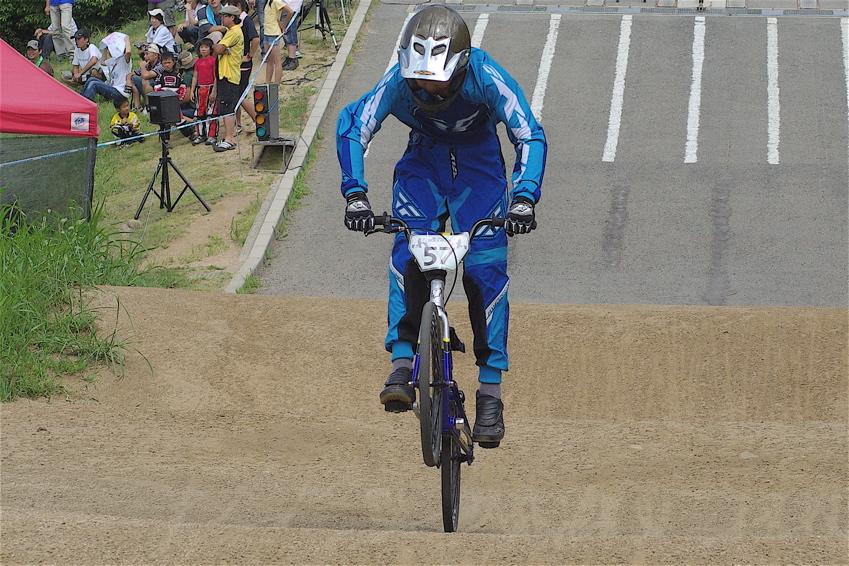 2008レーサーオブレースVOL6 :BMX、MTB、クルーザークラス予選_b0065730_18434231.jpg