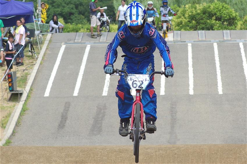 2008レーサーオブレースVOL6 :BMX、MTB、クルーザークラス予選_b0065730_18444168.jpg