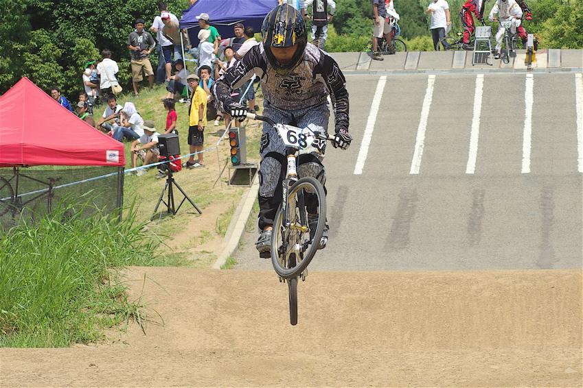 2008レーサーオブレースVOL6 :BMX、MTB、クルーザークラス予選_b0065730_18465290.jpg